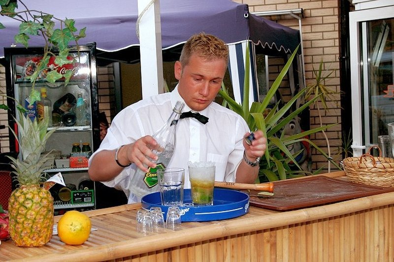 bar keeper